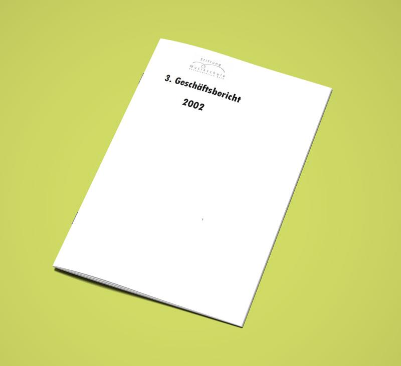 Teaser Bild von Geschäftsbericht 2002 zum Download (PDF, 2 MB)