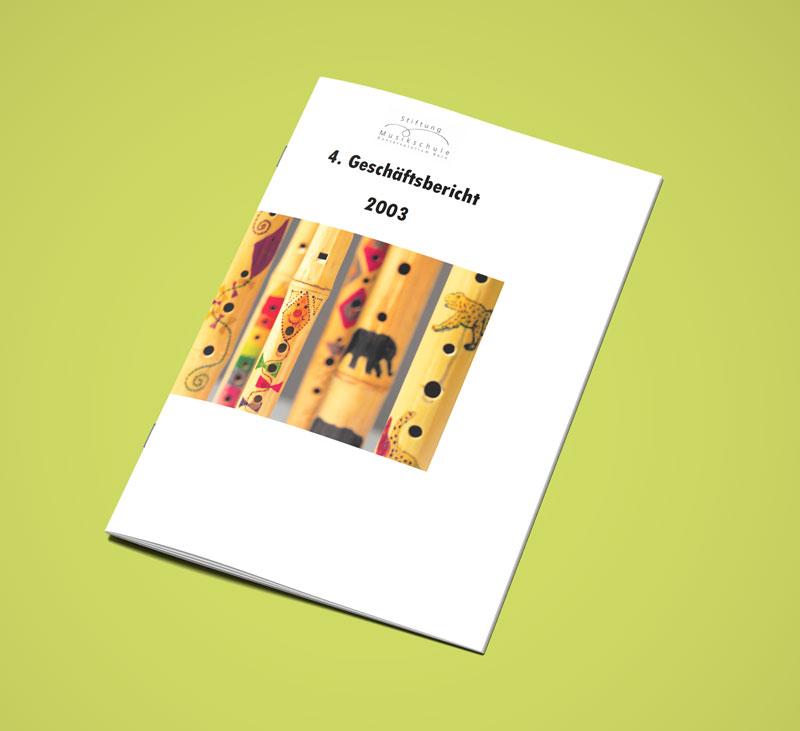 Teaser Bild von Geschäftsbericht 2003 zum Download (PDF, 2 MB)