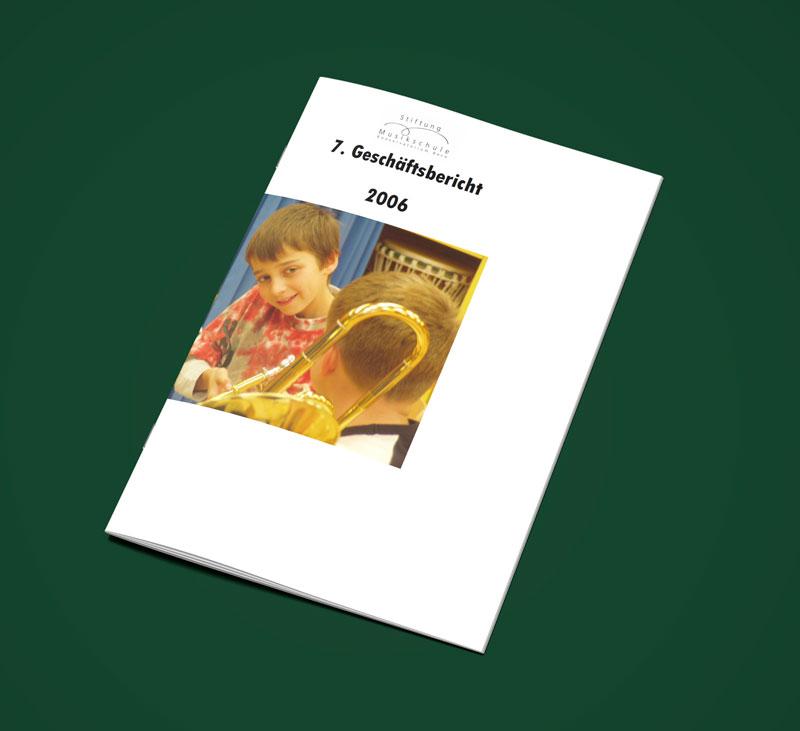 Teaser Bild von Geschäftsbericht 2006 zum Download (PDF, 1 MB)