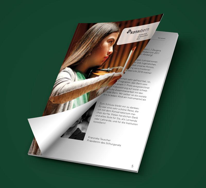 Teaser Bild von Geschäftsbericht 2015 zum Download (PDF, 1 MB)